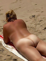 Nude fat mature housewife in a nudist camp - Chubby Naturists