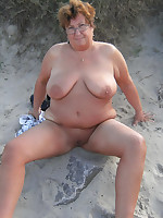 Chubby mature dames sunbathing on a nudist beach - Chubby Naturists